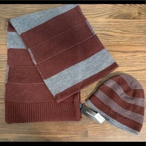 Banana Republic Men's Scarf and Hat